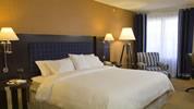 ホテル・宿