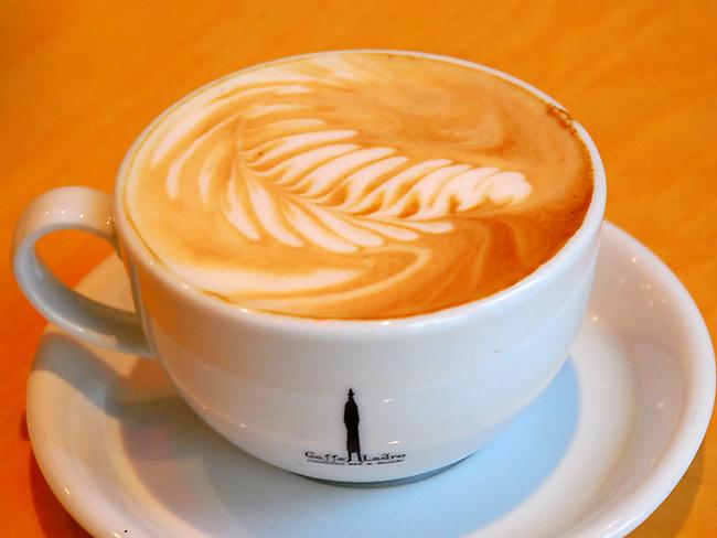 カフェ・ラドロ